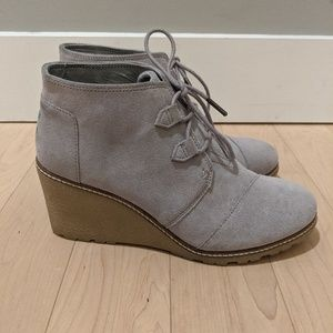 Toms Grey Suede Wedge Bootie - Size 10